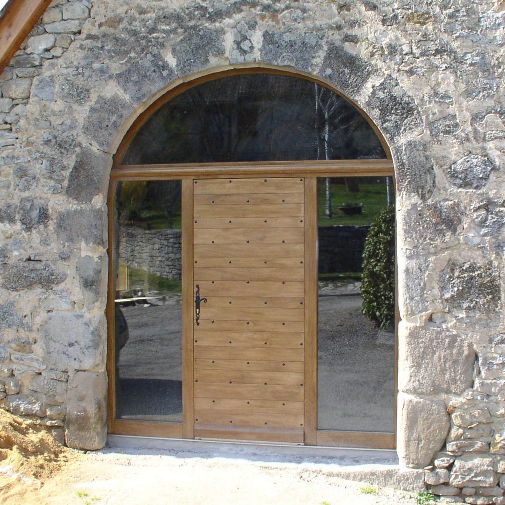 Porte d'entrée modèle Causse avec imposte en anse de panier